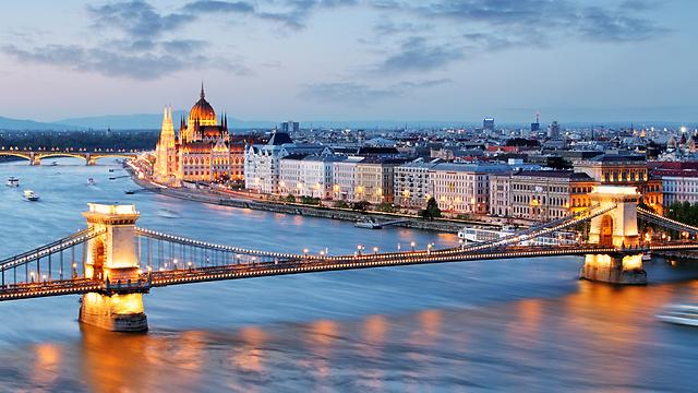 """נוף לדנובה: כמה מרוויחים על נדל""""ן בבודפשט"""